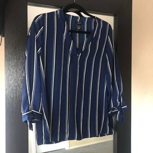 Rue 21 navy stripe blouse